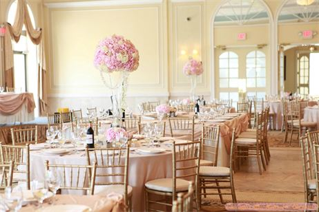 Chicago gold chiavari chairs rental